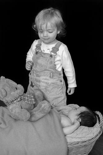 big sister and newborn photo shoot