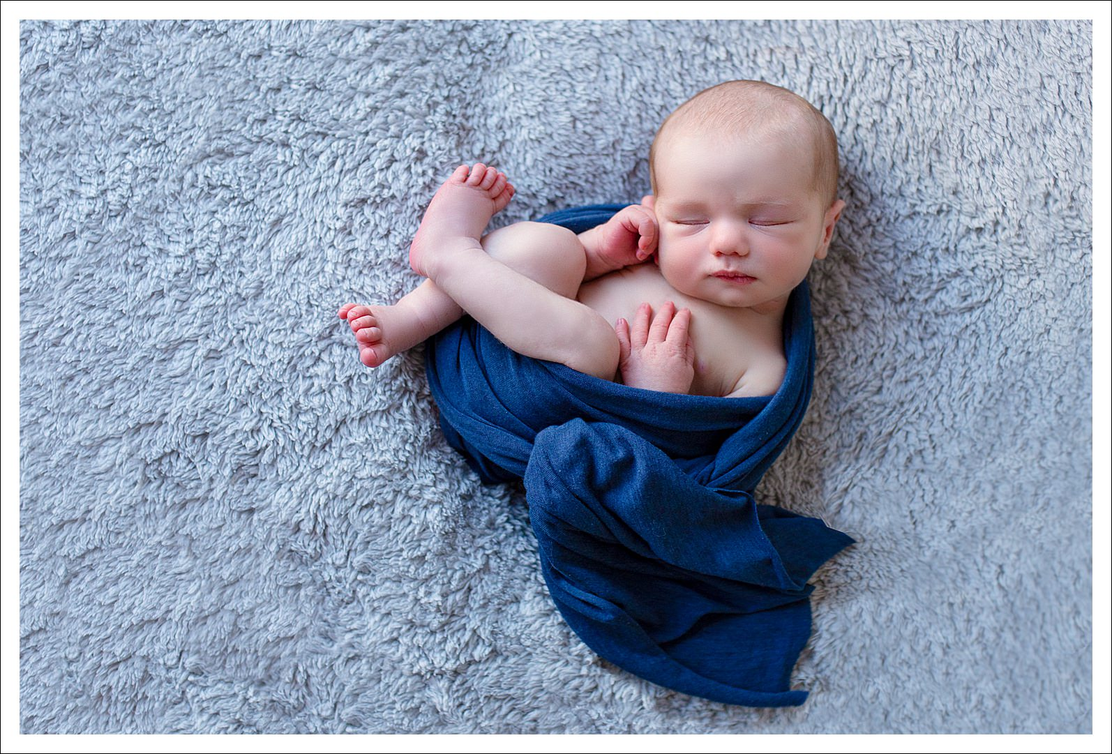 Newborn baby photography sessions in Horsham..