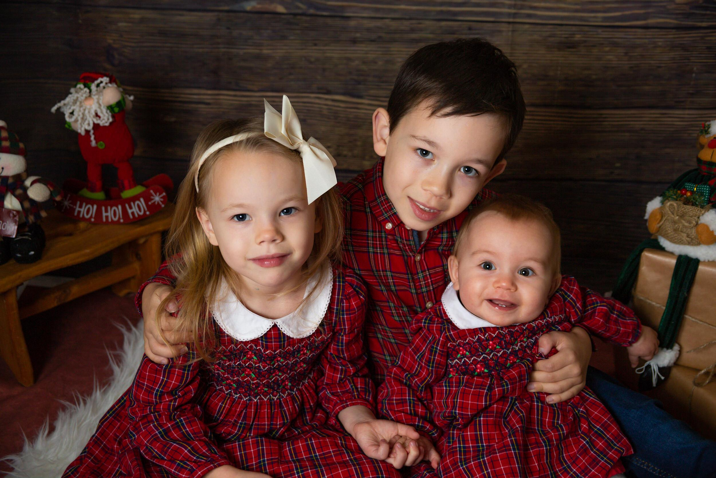 Christmas photo sessions Horsham, family photos Horsham