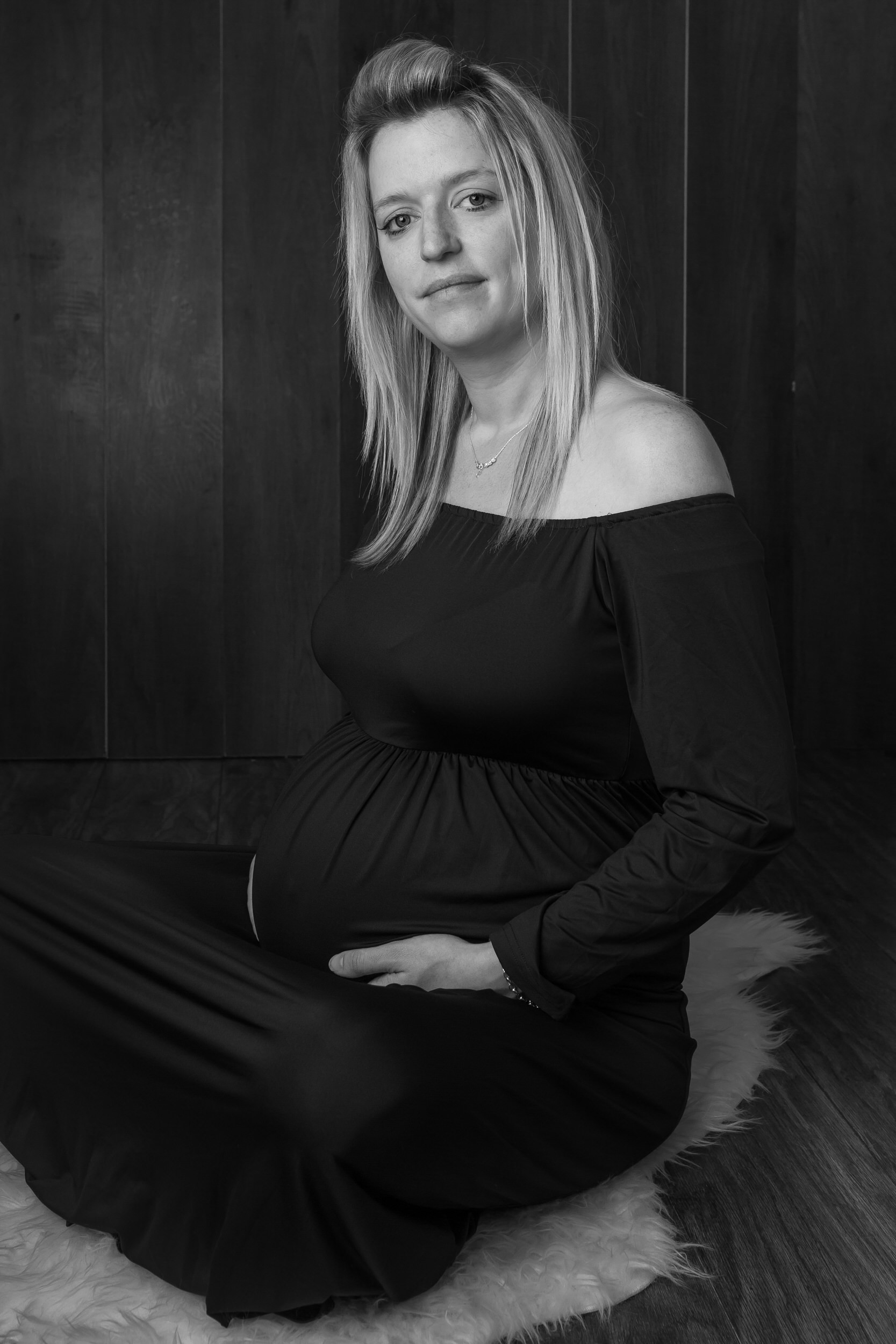 Maternity Photographer in West Sussex